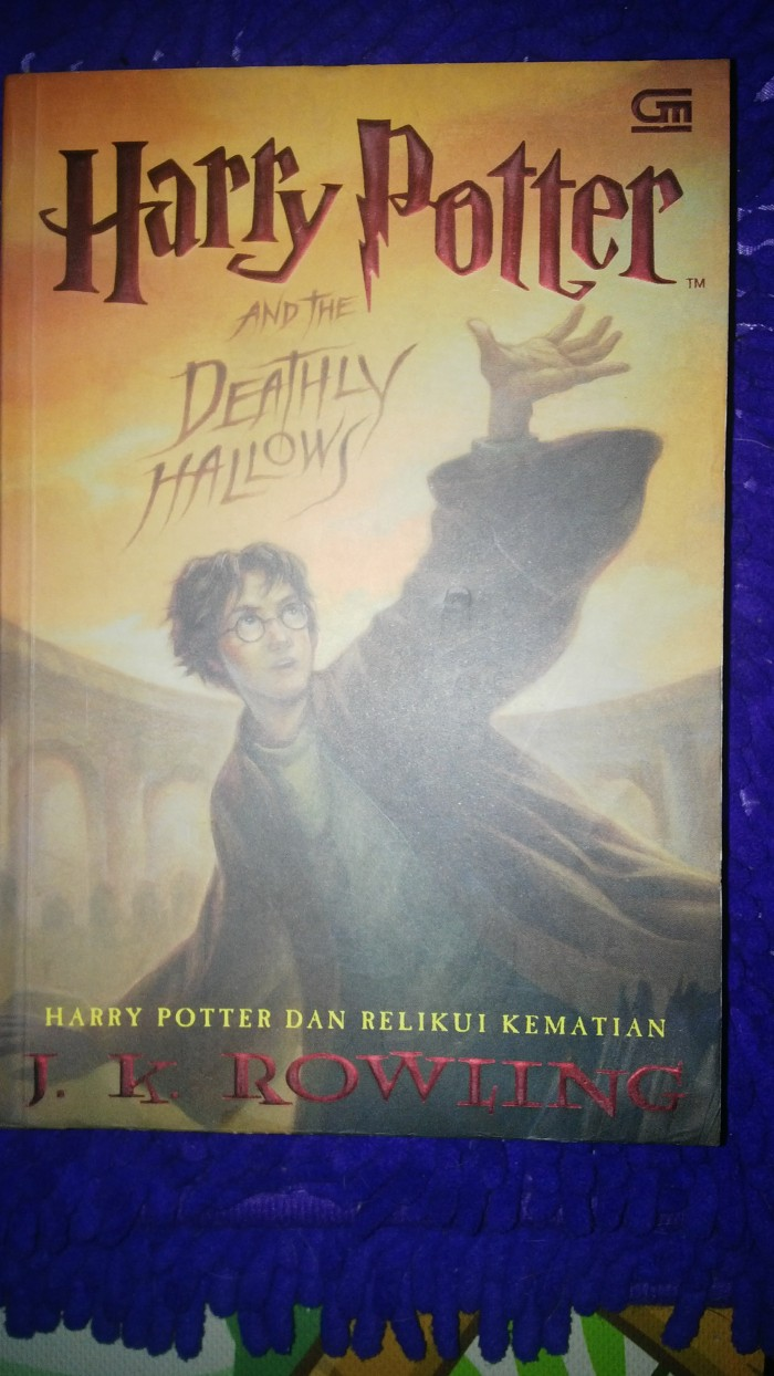 Jual Harry Potter And The Deathly Hallows By J K Rowling Kota Semarang Robin S Library