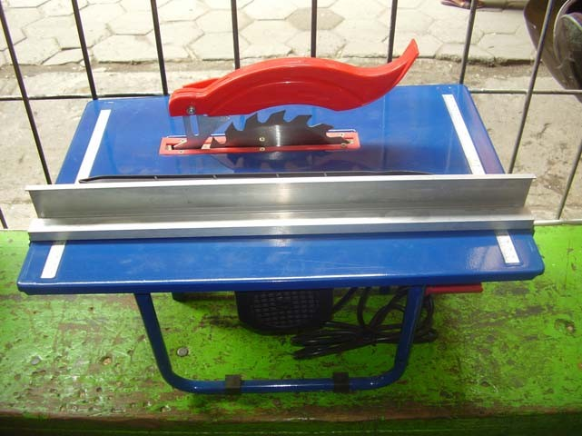 harga Mollar mesin gergaji meja / table circular saw 8  (200 mm) mlr-ts01 Tokopedia.com