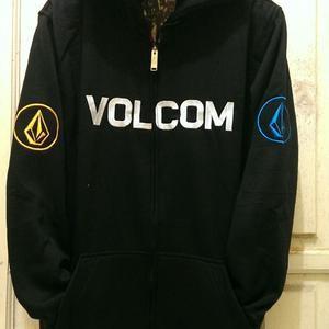 Jual Jaket   Hoodie   Zipper   Sweater Volcom- Hitam - ChaplinStore ... 16234d2f28