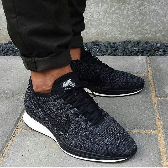 premium selection 3ad42 90d8b Nike Flyknit Racer