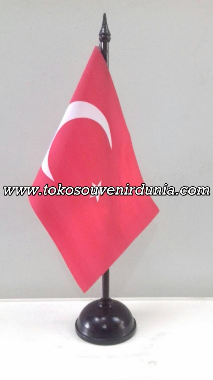 Jual Bendera Meja Negara Turki Koleksi Wisata Dan Pajangan Kantor Kota Bandung TokoSouvenirDunia