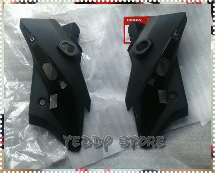 harga Cover samping headlamp / lampu depan honda new cb150r cb150r led ahm Tokopedia.com