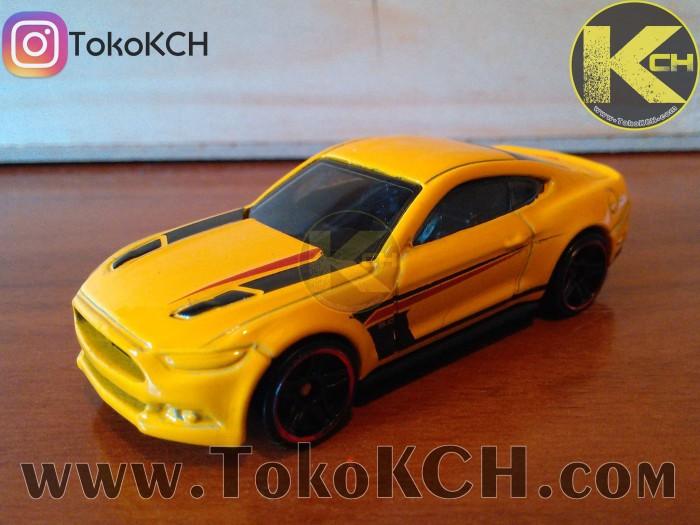 2015 Mustang Gt Wheels >> Jual Hot Wheels 2015 Ford Mustang Gt Kuning Kode 20 79 Kota Surabaya Tokokch Dot Com Tokopedia