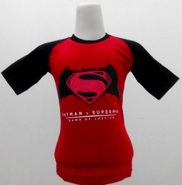 harga Kaos raglan anak karakter batman vs superman merah Tokopedia.com