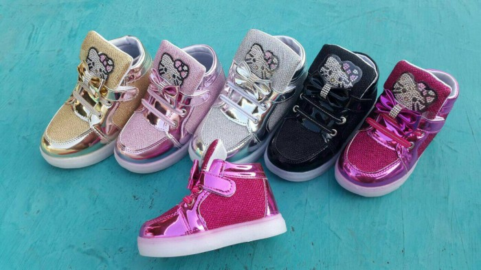 harga Sepatu lampu boot nyala hello kitty grosir murah led shoes size 21-25 Tokopedia.com