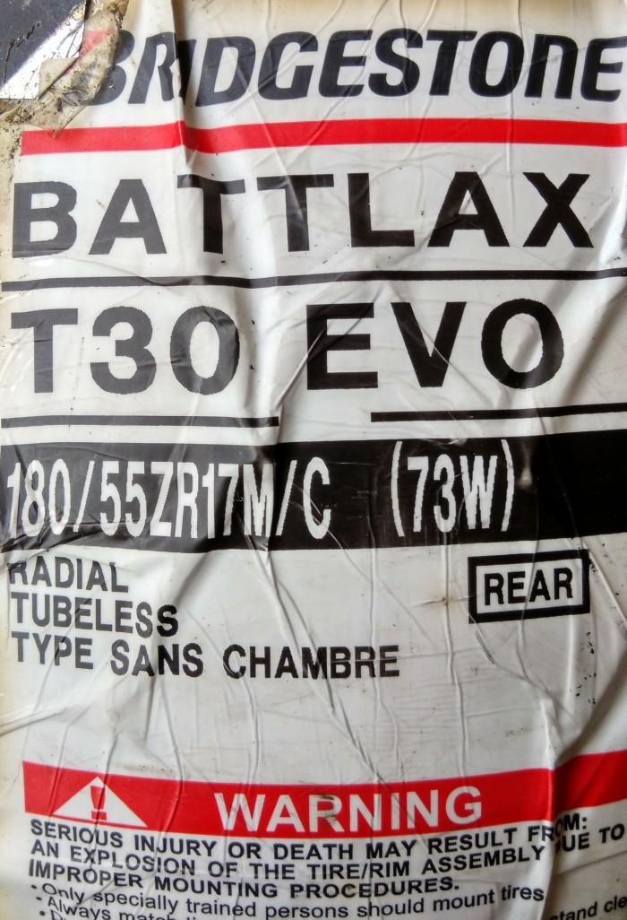 harga Ban bridgestone battlax 180/55-17 t30 evo sport touring tubeless motor Tokopedia.com