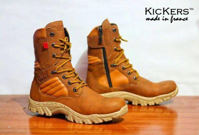 harga Promo termurah sepatu pria boot adventure gurun kickers delta Tokopedia.com