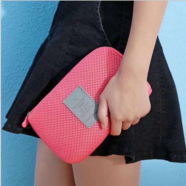 harga Gadget pouch / gadget organizer / tas gadget / tas kosmetik Tokopedia.com