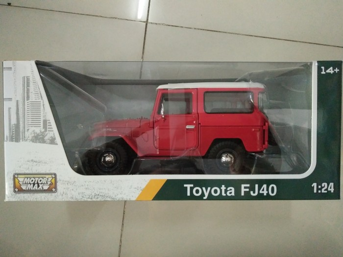 harga Diecast car toyota land cruiser fj40 hardtop red 1/24 by motor max Tokopedia.com