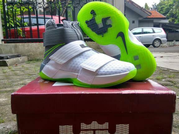 harga Sepatu basket lebron soldier 10 dunkman Tokopedia.com