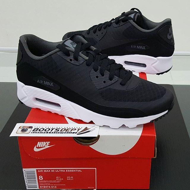 detailed look 235e4 db4cc Nike Air Max 90 Ultra Essential - BlackWhite (819474 013)