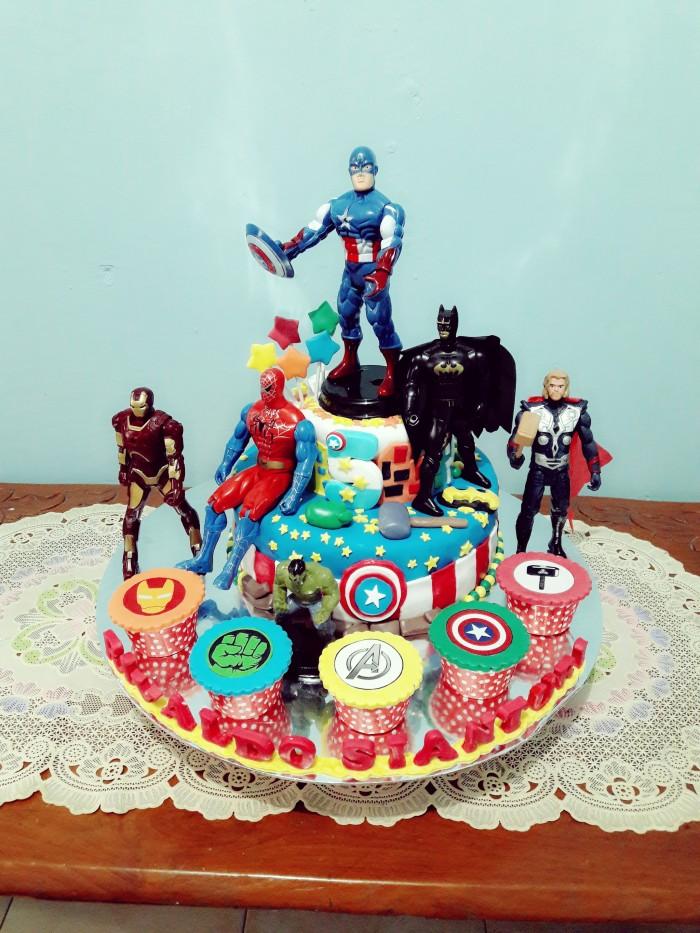 Jual Kue Ulang Tahun Avengers 2 Tingkat 2416 5 Cupcake Fondant Jakarta Timur Novlauwcake Tokopedia