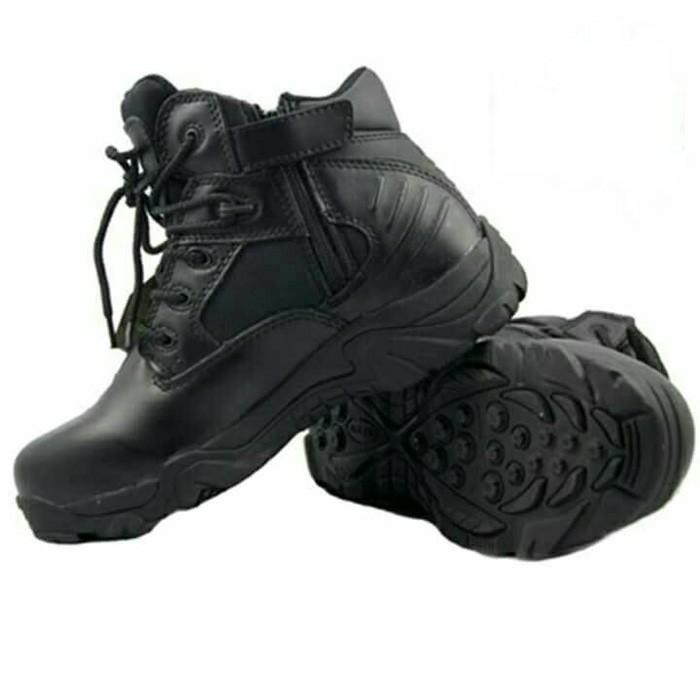sepatu delta pendek hitam 6inci