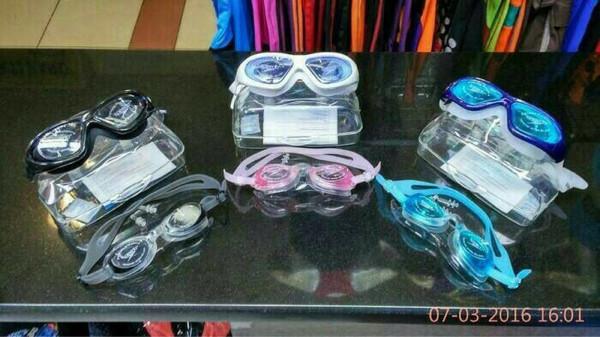 harga Kacamata renang speedo lx9100 Tokopedia.com