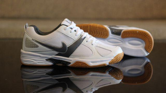 harga Sepatu olahraga nike tenis white lis grey original vietnam Tokopedia.com