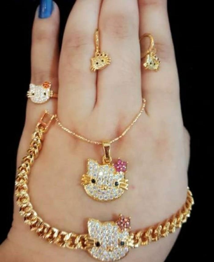 ... harga Set hello kitty (kalung+ gelang+ cincin+ anting) perhiasan lapis emas Tokopedia.com