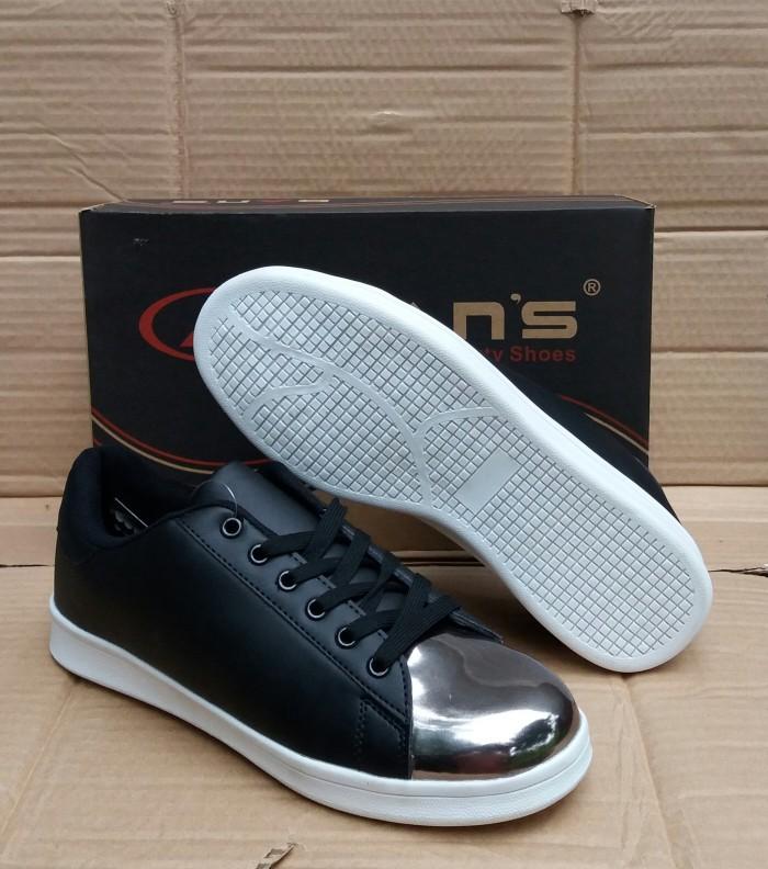Jual Sepatu sekolah wanita sepatu kets merk Dans - maulanaraka ... 3b5d5f0ca9