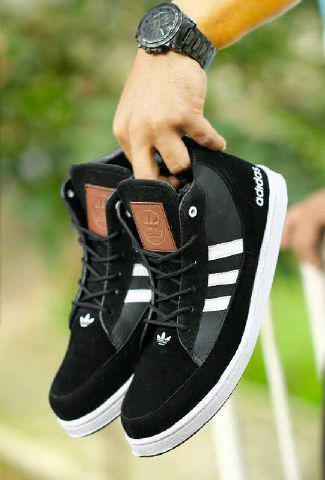 Adidas Neo Sneakers High Sepatu Kets Casual Running Olahraga Pria Wani 4a49ff01b7