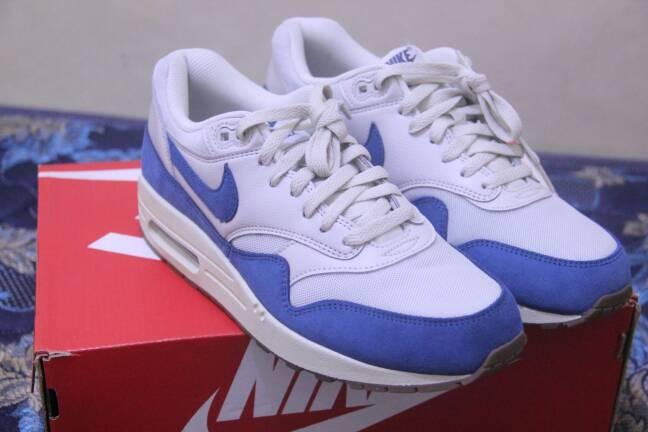 6ceb5d3e96 Jual Nike Air Max 1 Essential light bone blue gum BNIB original ...