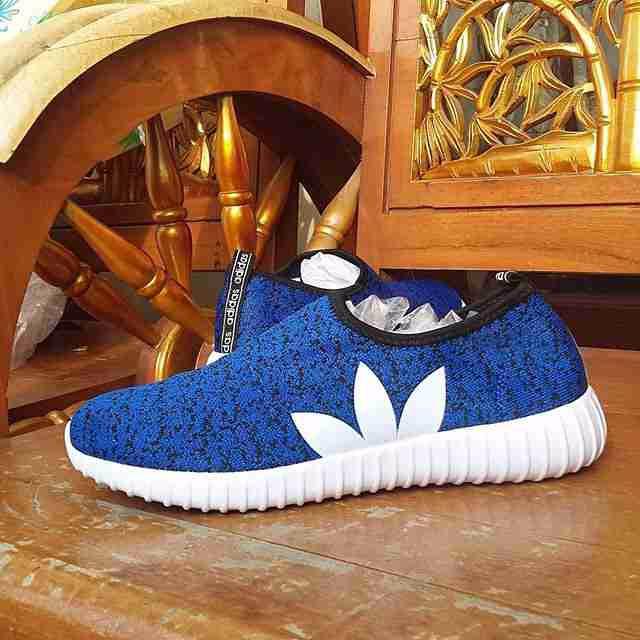 Jual PROMO Adidas Yezzy Slop Women TERLARIS - Toko Sepatu Online Tgr ... bd75bf7bc7