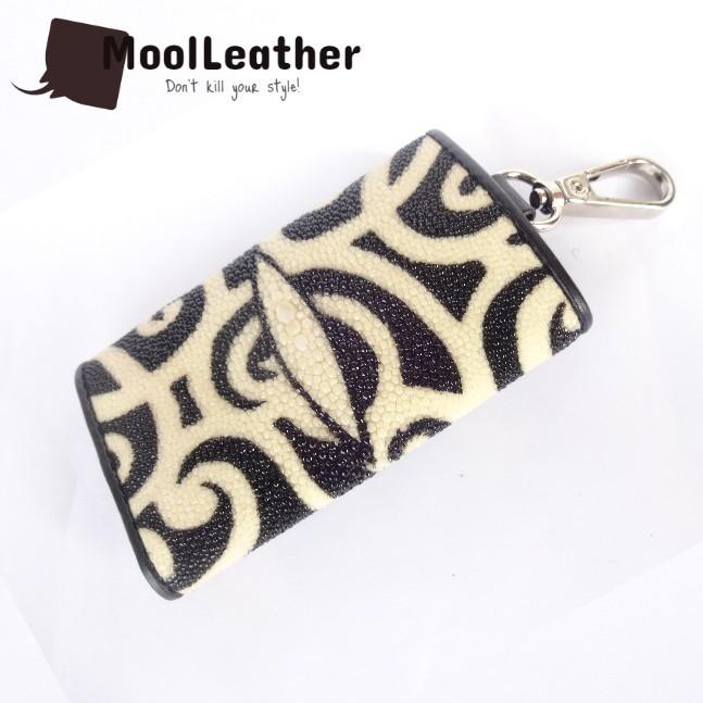 harga Dompet stnk asli kulit ikan pari motif batik kalimantan Tokopedia.com