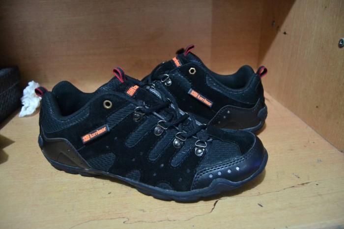 harga Sepatu karimor / tracking / gunung / outdoor / snta / adidas / eiger Tokopedia.com