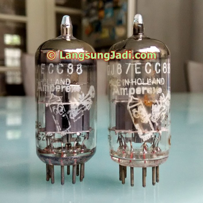 harga 6dj8 ecc88 amperex holland bugle boy dual triode preamp tube 6922 Tokopedia.com