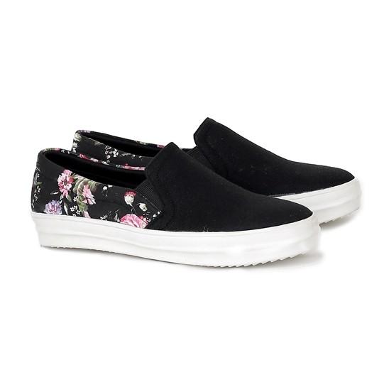 harga Sepatu gaya cewek sepatu kuliah wanita remaja hrc distro murah grosir Tokopedia.com