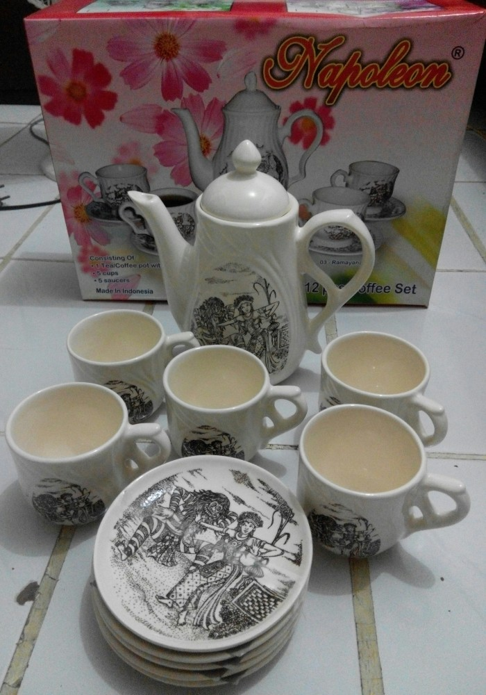 Jual Gelas Minum 1 set dengan Teko - Jakarta Barat - Dapur