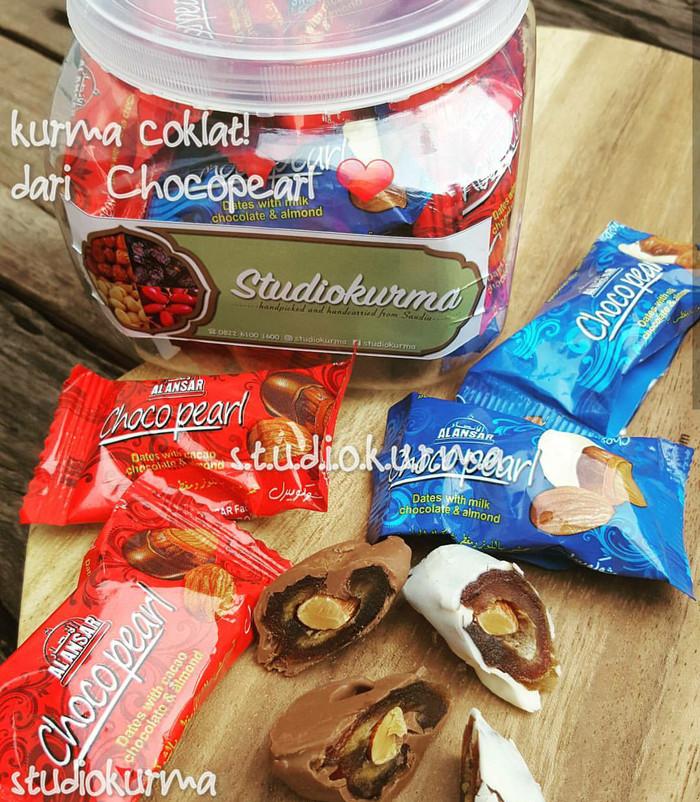 harga Coklat kurma isi kacang almond (chocopearl) Tokopedia.com