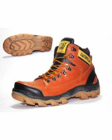 Sepatu Boots Pria Caterpillar MBC Safety (Ujungbesi) - Cokelat Muda 4220fce72a