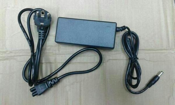 harga Adaptor 19v/3.42a / 19volt 3.42a avtech Tokopedia.com