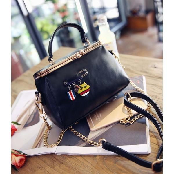 harga Tas handbag tote bag vintage wanita feminim import gosh hush puppies  Tokopedia.com 1598f9c3da