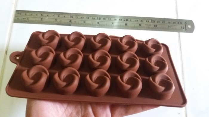 Cetakan coklat puding ulir kecil