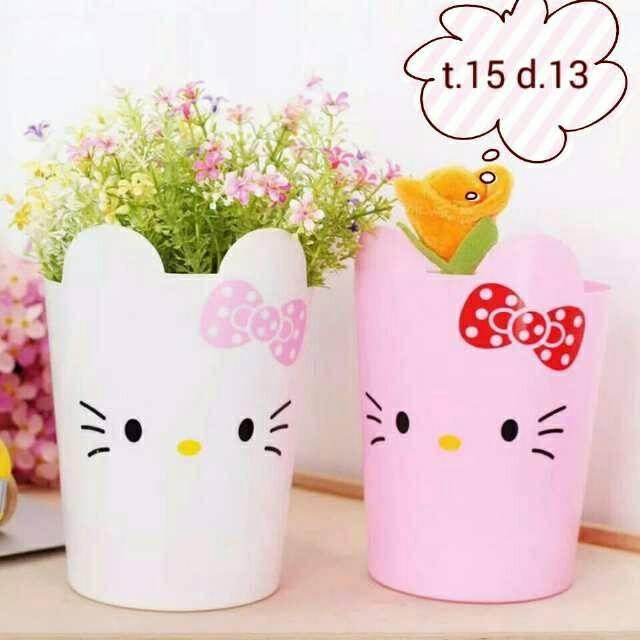 harga Tempat sampah mini hello kitty / taruh vas bunga Tokopedia.com