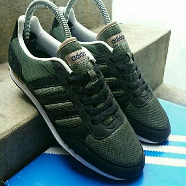 ... spain adidas neo city racer green army original b9e32 183ae c91bda70f