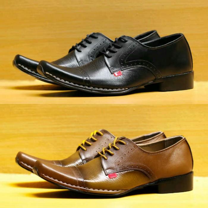 Jual Sepatu Kickers Pantofel Kulit Kerja Kantor Pria Pakai Tali