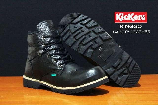 harga Sepatu pria kickers ringgo boots safety black kulit asli touring kerja Tokopedia.com