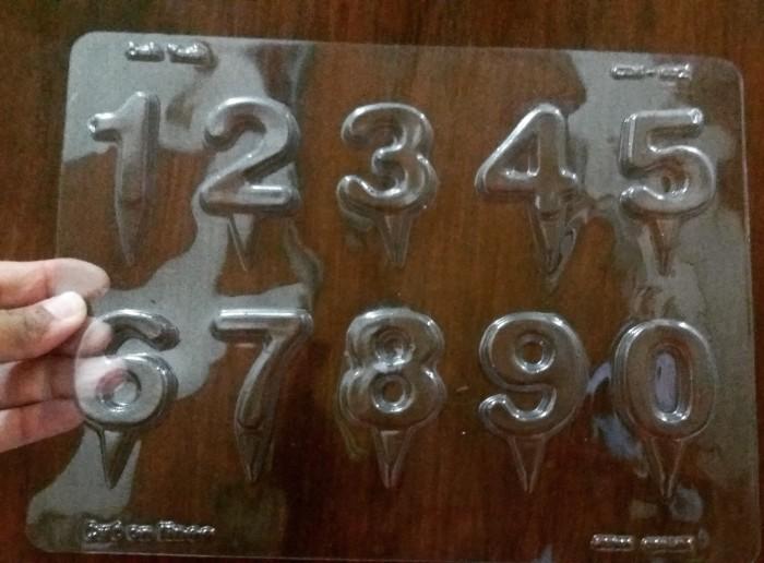 cetakan coklat angka tancap