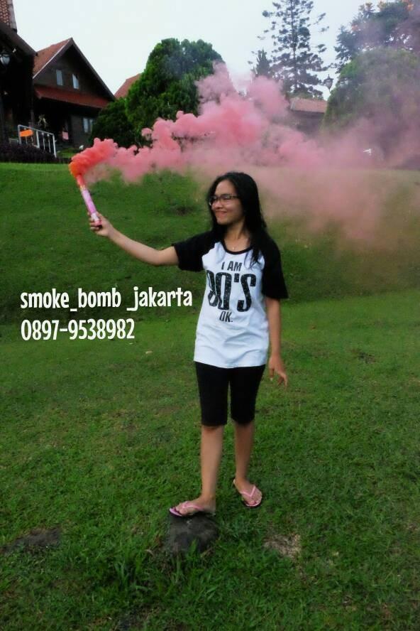 Jual Smoke Colour Smoke Bomb Jumbo Smoke Bomb 1pack Isi 2 Warna Jakarta Barat Smoke Bomb And Holi Tokopedia