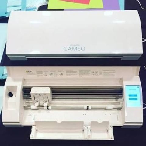 Mesin Cutting Sticker SILHOUETTE CAMEO 3 Termurah