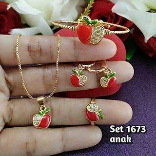 SET Anak Apel (Kalung + Gelang + Anting + cincin) perhiasan lapis emas