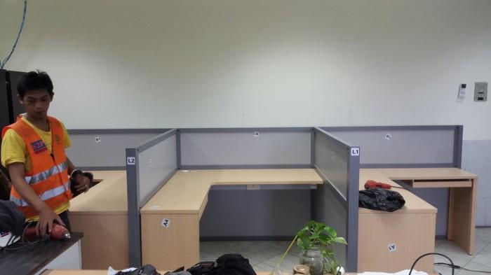 Jual MEja Sekat Partisi kantor Office Cubicle Bongkar