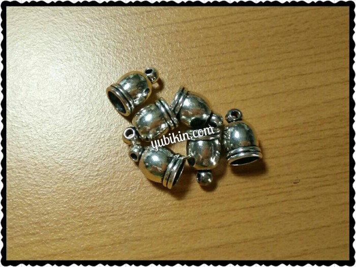 Foto Produk Endcap Ujung Tali Bulat Motif Besi 6mm Silver dari Yubikin Craft