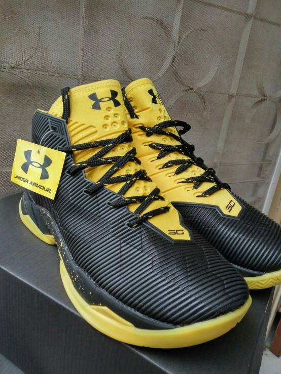 24990c55ea34 Jual Sepatu Basket Under Armour Curry 2