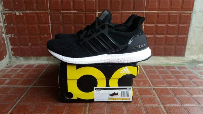 24cca1c1ed3c0 Sepatu adidas ultra boost black white premium quality harga ...