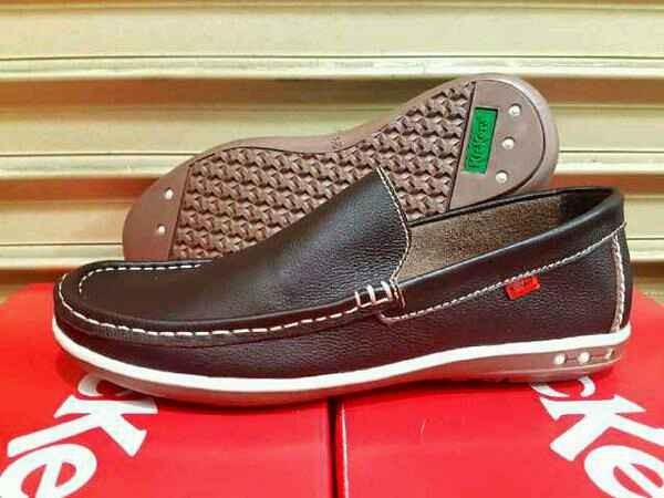 harga Sepatu pria kickers morisey rajut brown kulit asli casual kerja kantor Tokopedia.com