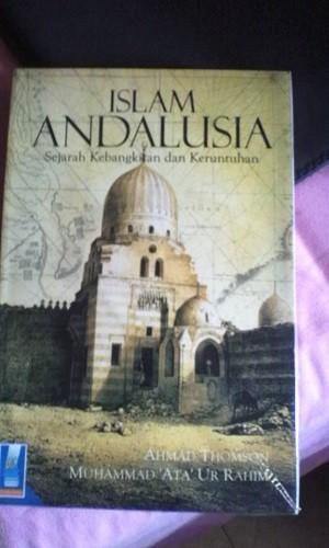 harga Islam andalusia; sejarah kebangkitan dan keruntuhan Tokopedia.com