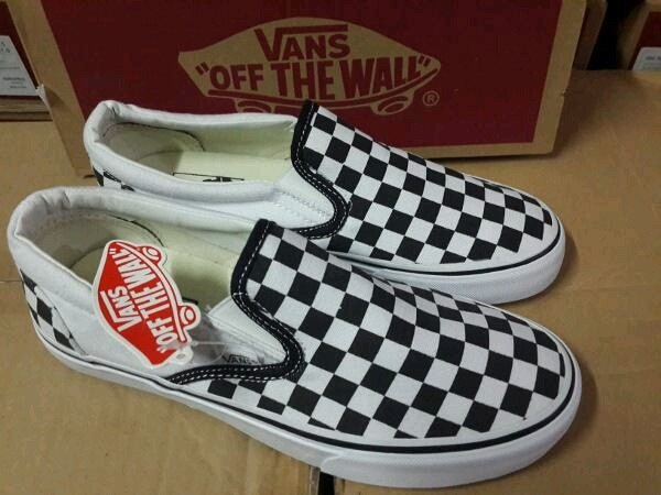 ee4e8cb9c9 Jual Vans Slip On Catur Black White - DKI Jakarta - vanstore-id ...
