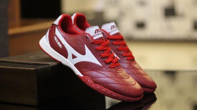 Jual sepatu Mizuno Futsal Pria original vietnam gratis kaos kaki ... 0a3258408a